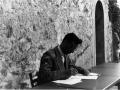 1951 08 preparando un discorso - Rossena