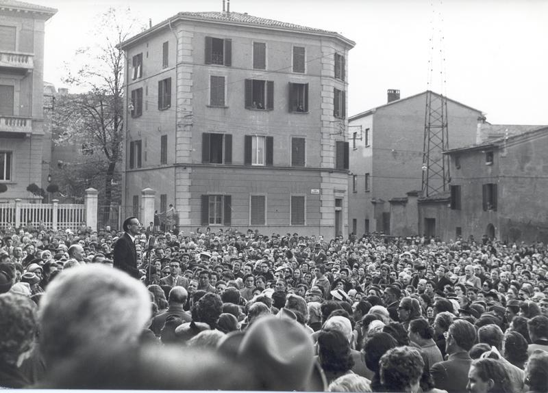 1956 04 Campagna elettorale elezioni amministrative - Bologna.jpg