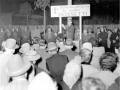 1955 in campagna elettorale, comizio serale - Bologna