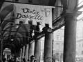 1956-04-campagna elettorale-sotto-ai-portici-vota-Dossetti