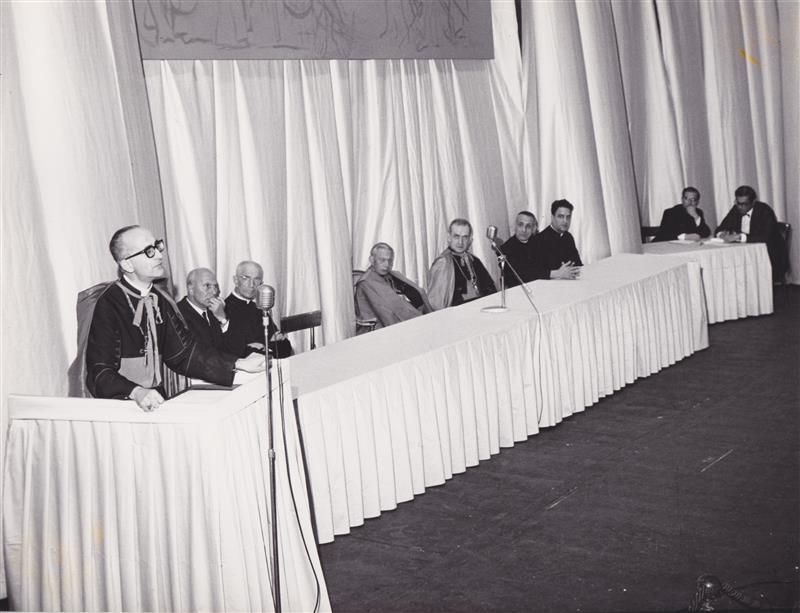 1967 09 con Lercaro a convegno per Congresso eucaristico diocesano - Bologna
