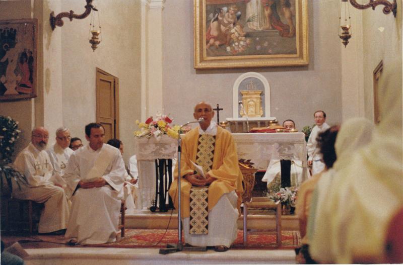PicFamAss: 1985 Dossetti nella parrocchia affidata a don Lanfranco B. - Montetauro RN