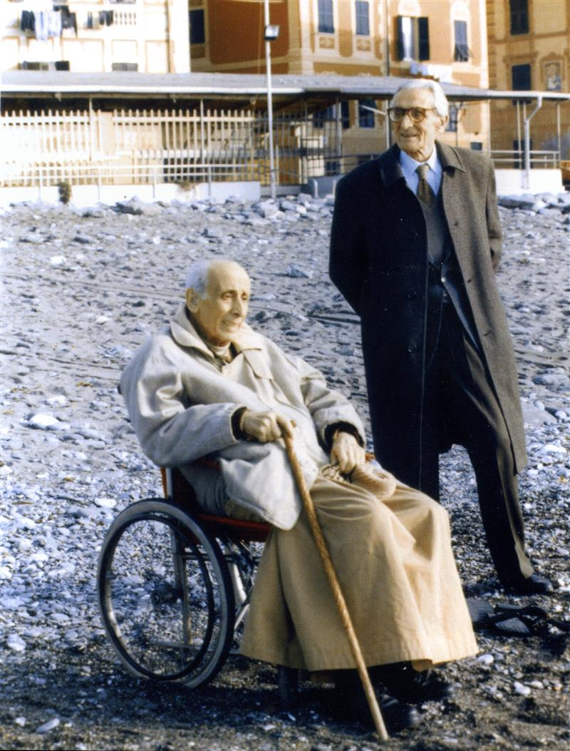 1996 02 con il fratello Ermanno sulla spiaggia - Sori (GE)