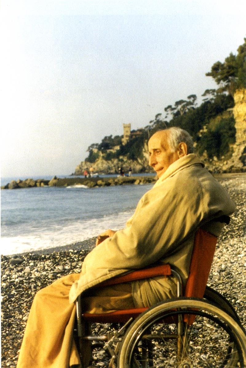 1996 02 in convalescenza in Liguria - spiaggia di Sori (GE)